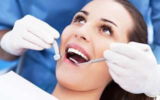 Zahnarzt Praxis Garbsen - Implantate
